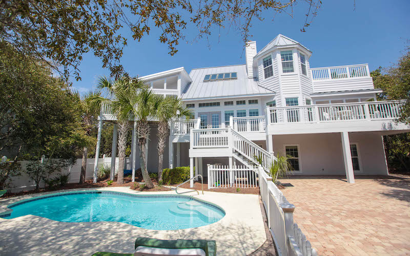 A 30A vacation rental with a private pool